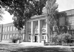 ames_high_school_front_c_s